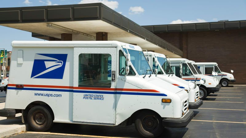 'Overwhelmed' US postman hoarded 17,000 pieces of mail, say officials