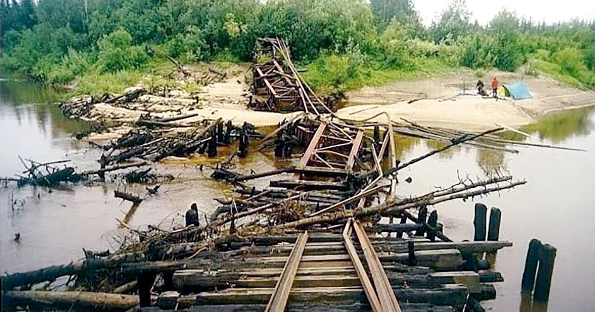 Haunting pictures of Stalin's ghost railway built on bones of 300,000 inmates