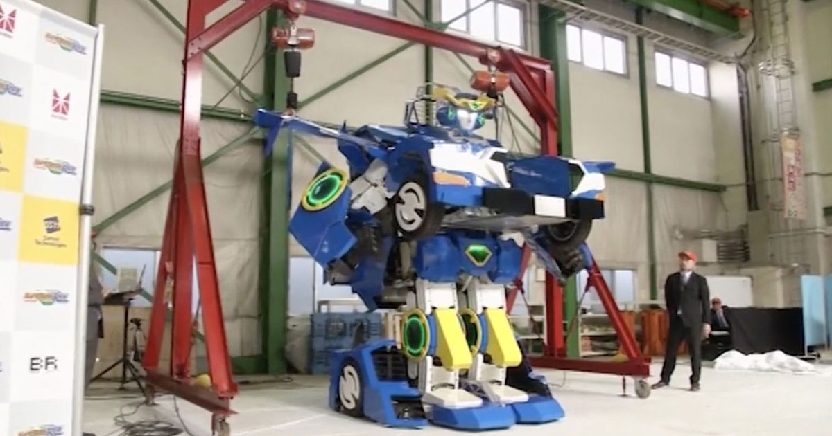 Incredible real-life Transformer can change from 12ft robot into sports car