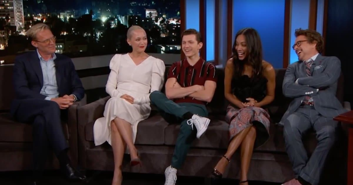 'Avengers: Infinity War' Cast Takes Over 'Jimmy Kimmel Live' to Laugh, Draw and Premiere New Footage