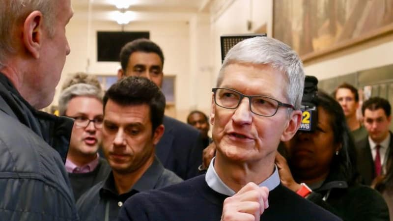 Users don't want iOS to merge with MacOS, Apple chief says