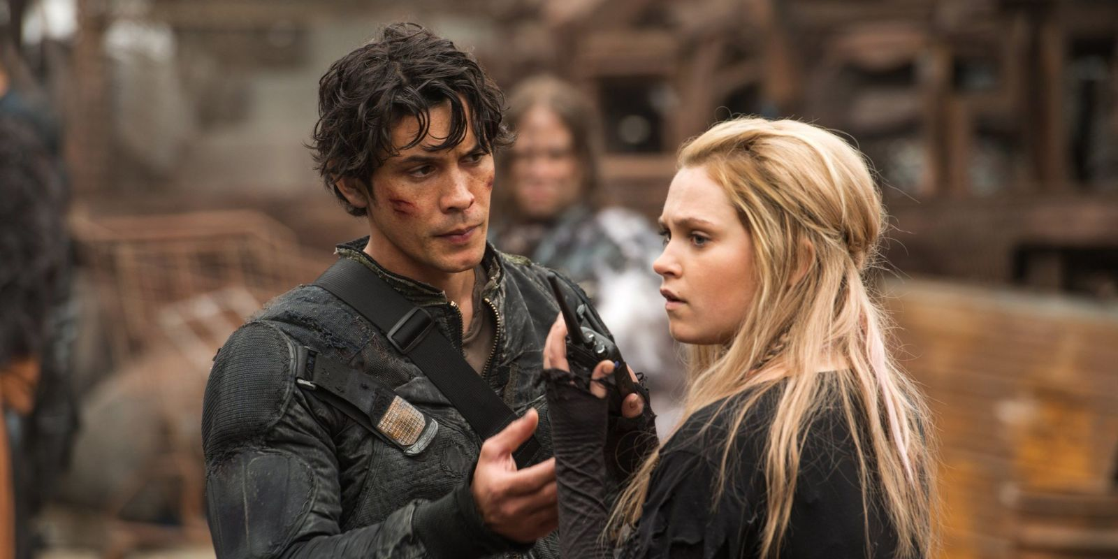 The 100's Bob Morley hints at Bellamy and Clarke's reunion after six-year time jump