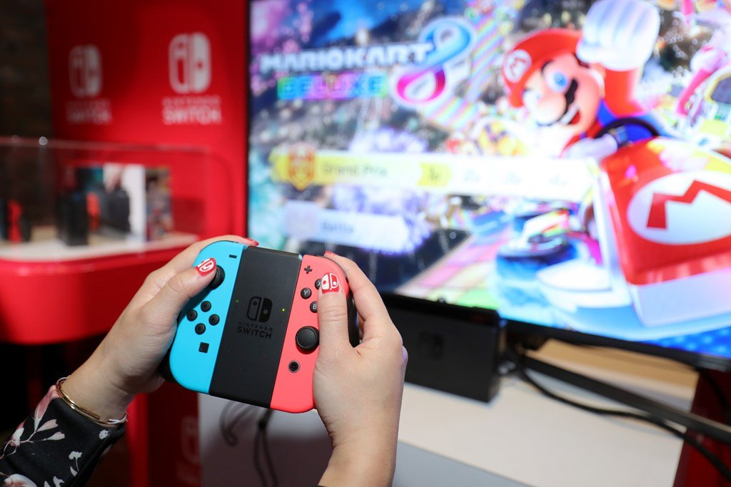 Nintendo Switch Online Details Coming in Early May