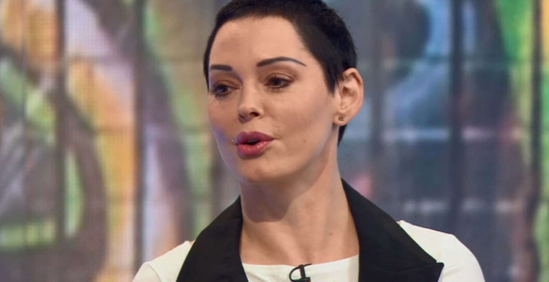 Rose McGowan claims Harvey Weinstein texted her a month ago