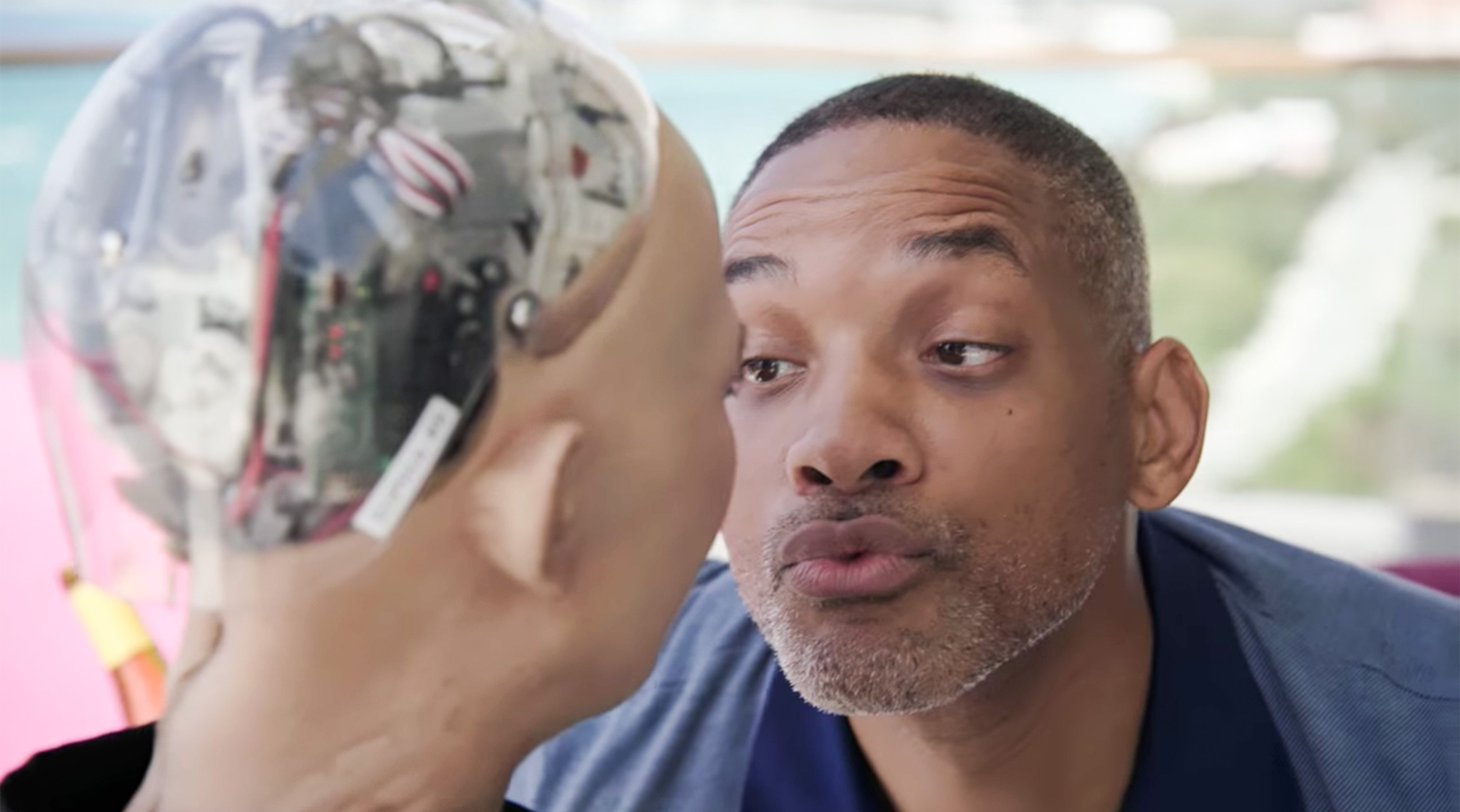 Will Smith, Sophia the Robot go on an awkward date