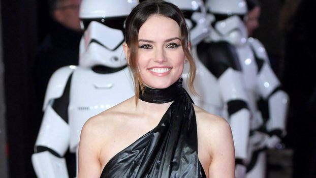 SeeStar Wars ActressDaisy Ridley's Most Head-TurningLooks inHonor of May Fourth