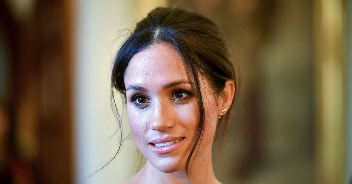 'Meghan Markle is very distressed and very concerned for her father'