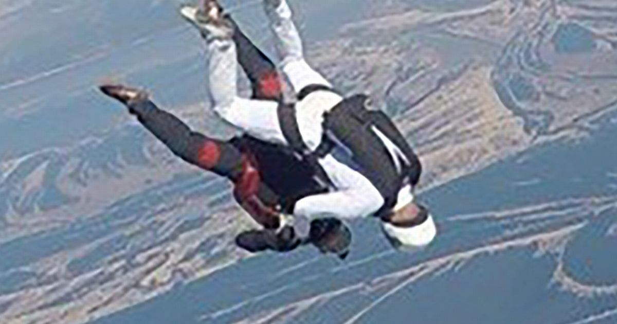 Two skydivers killed in horrific mid-air collision while free falling from plane