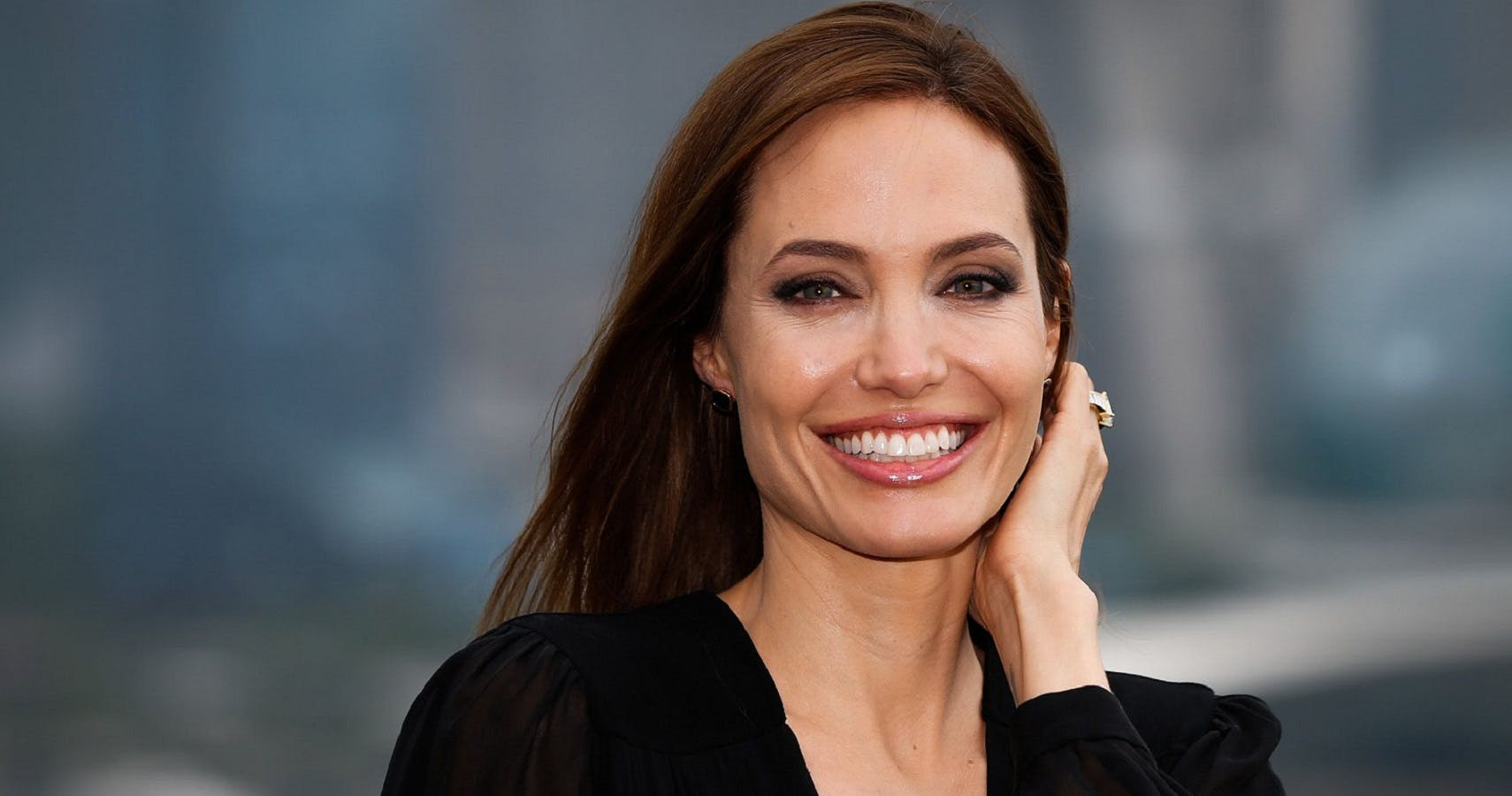 How Angelina Jolie Balances Motherhood & Stardom
