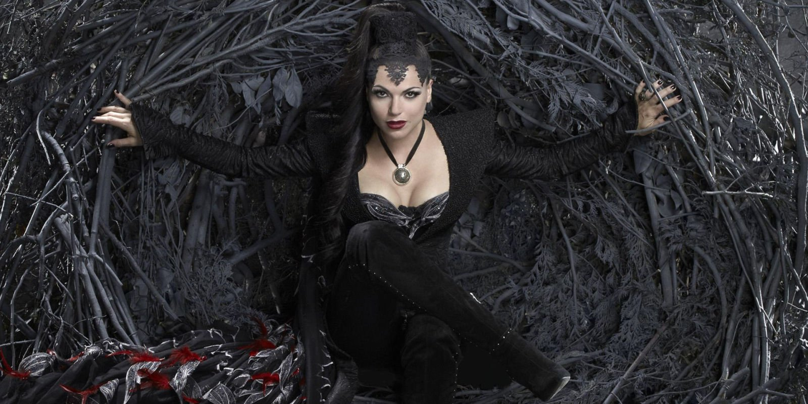 Once Upon a Time star teases return of fan favourite character