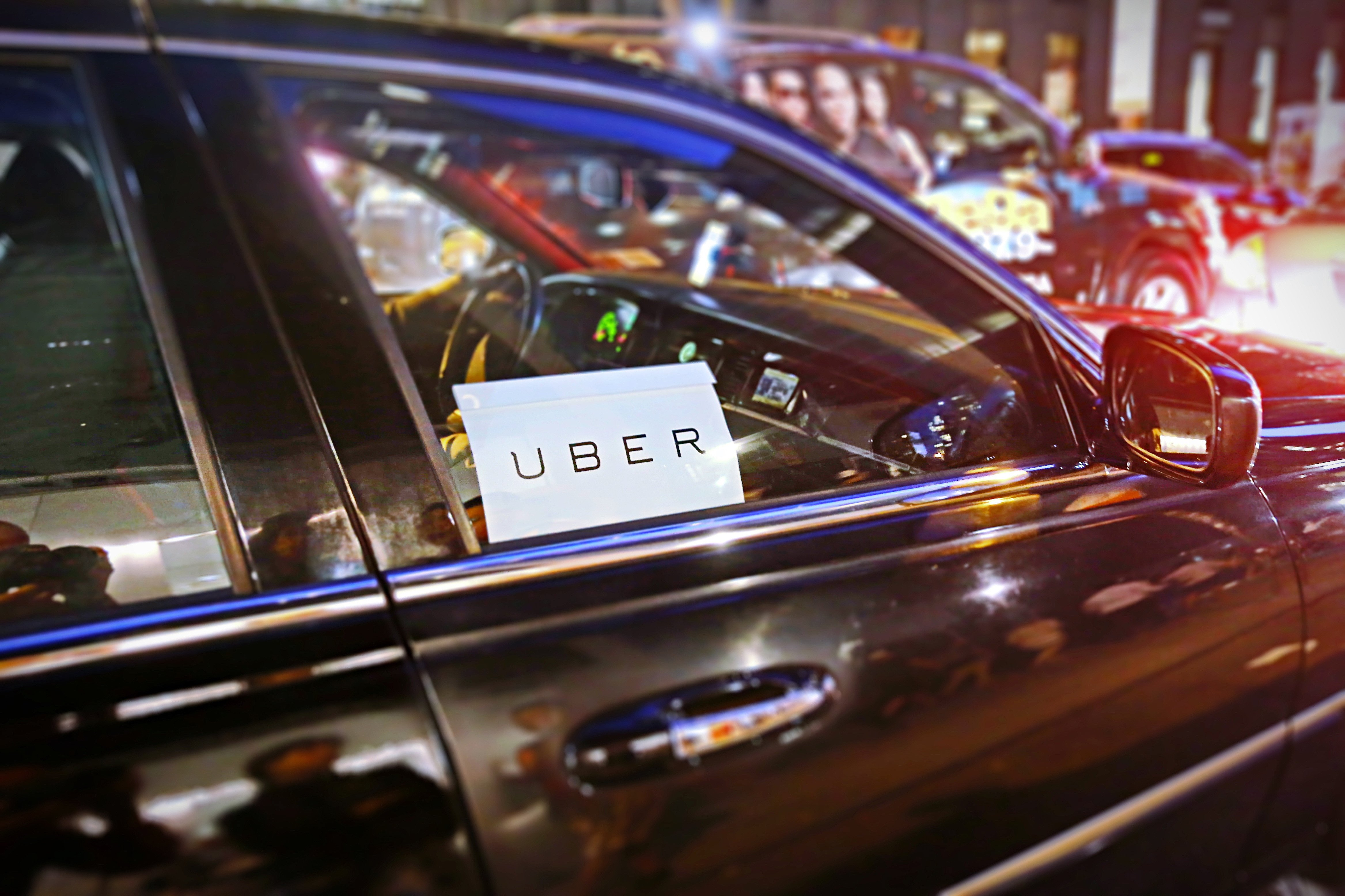 Israeli diplomat says he was thrown out of Uber for speaking Hebrew