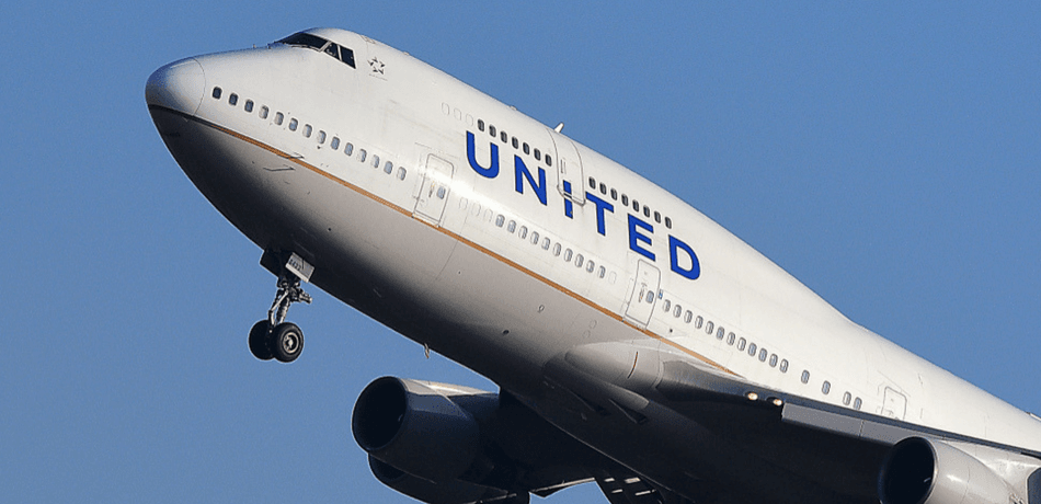 Nigerian Woman And Children Allegedly Forced Off Flight For 'Pungent' Body Odor, Sues United Airlines