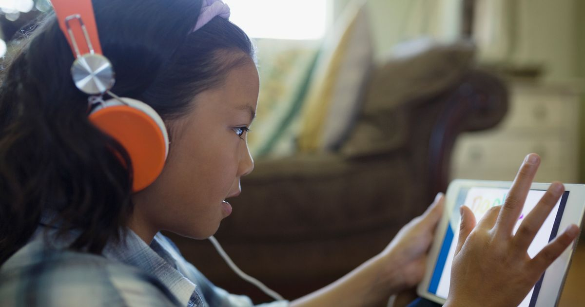 Study gives damning verdict for hearing of kids using trendy headphones