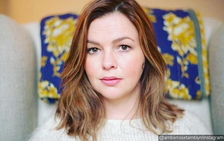 Amber Tamblyn Asked to  Lose Weight After 'Sisterhood of The Traveling Pants 2'