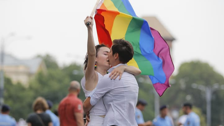 Czech Republic government moves to allow same-sex marriage