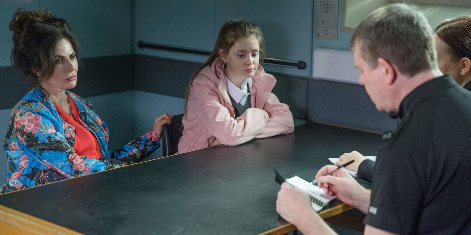 Emmerdale's Debbie Dingle fears Sarah could die from a heart problem