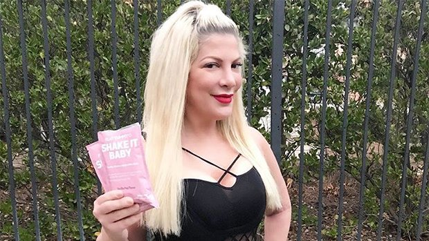 Tori Spelling Hits The Pool In Bathing Suit She Was Accused Of Photoshopping Herself In — See Pics