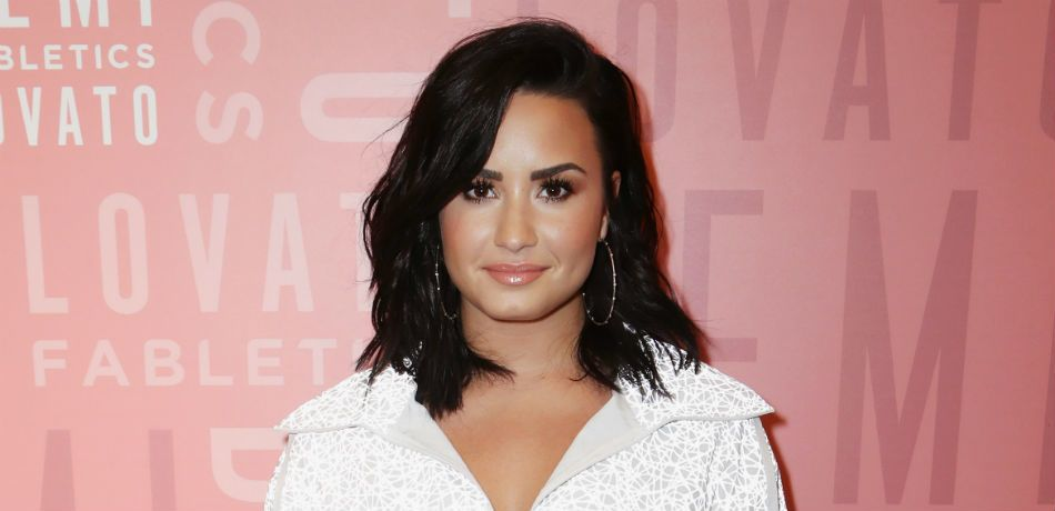 Demi Lovato Reportedly Reaching Out To Sober Friends Following Relapse, According To 'Radar Online'