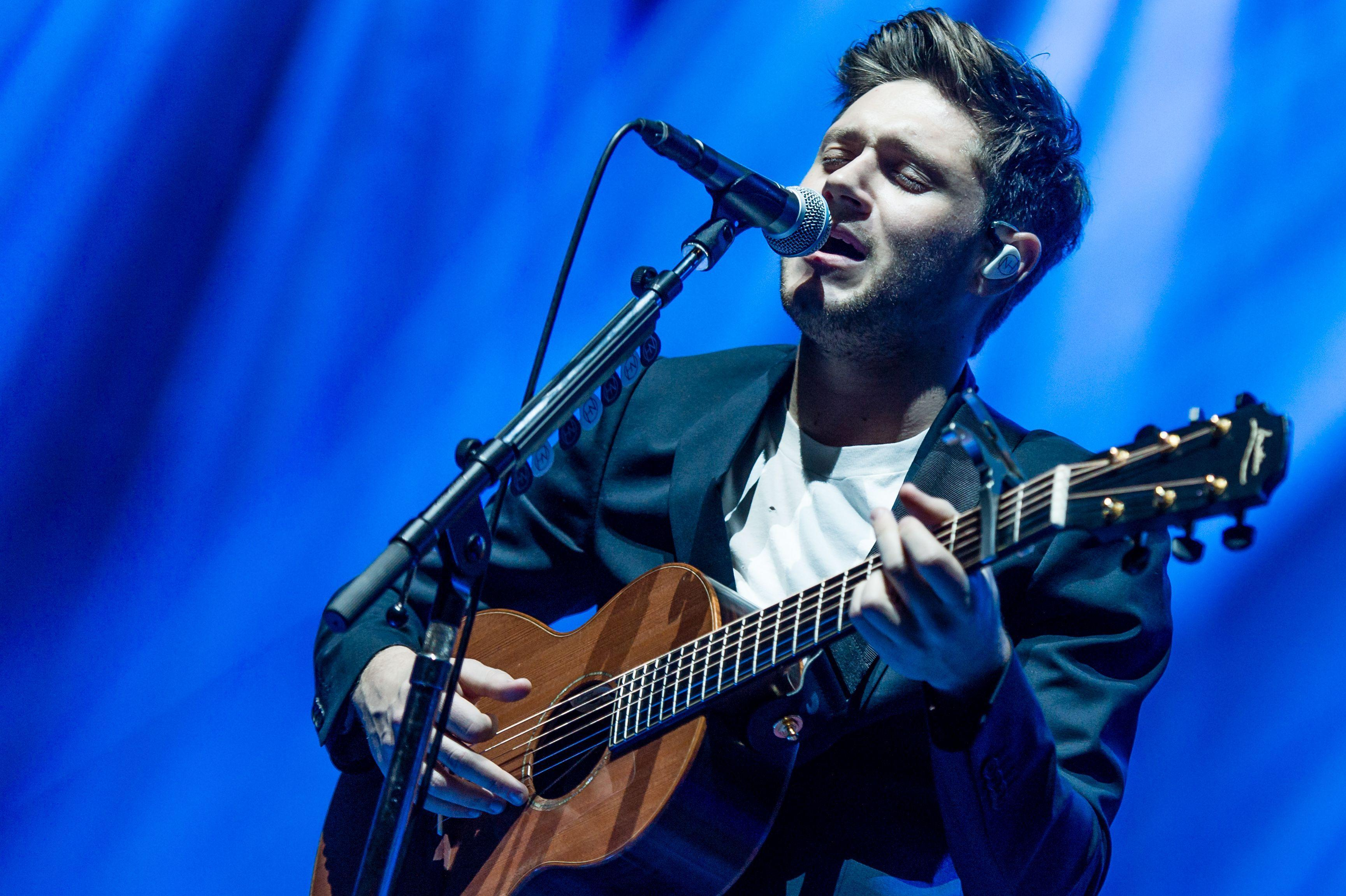 Niall Horan begs fans to 'take care' after fifteen people faint at Mexico gig almost forcing him to cancel