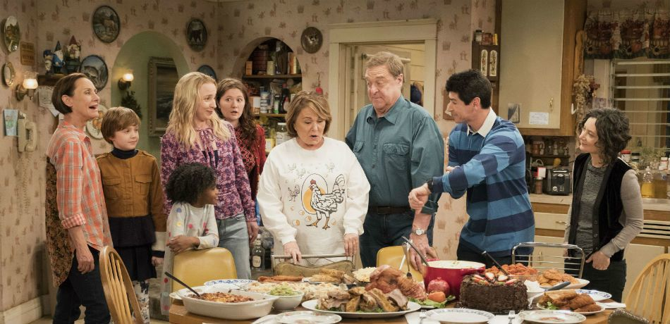 Roseanne Barr's Former Co-Stars Reportedly Feel Sorry For Her After 'Roseanne' Cancellation