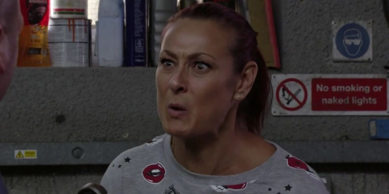 EastEnders viewers rage at Walford police for doubting Tina Carter's abuse