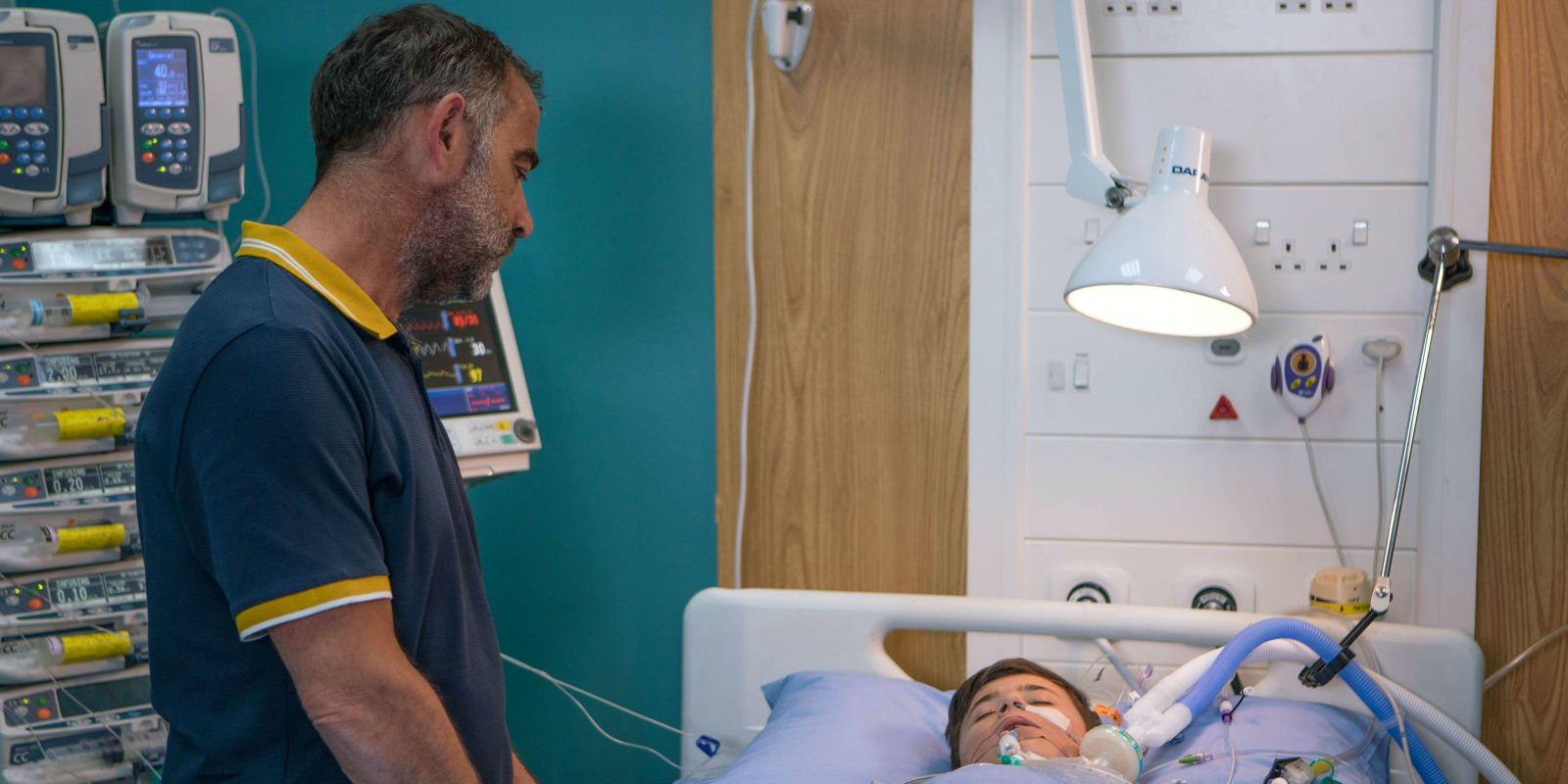 Coronation Street airs heartbreaking scenes tonight as Jack wakes up from surgery