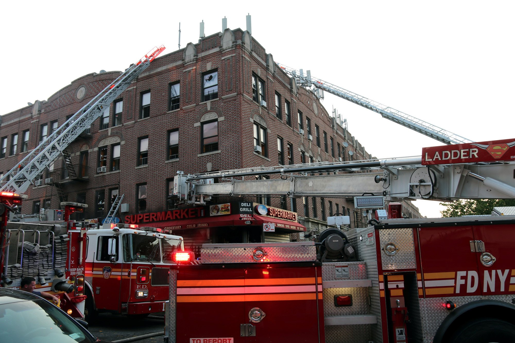 Deli fire leaves one dead, several hurt in Brooklyn