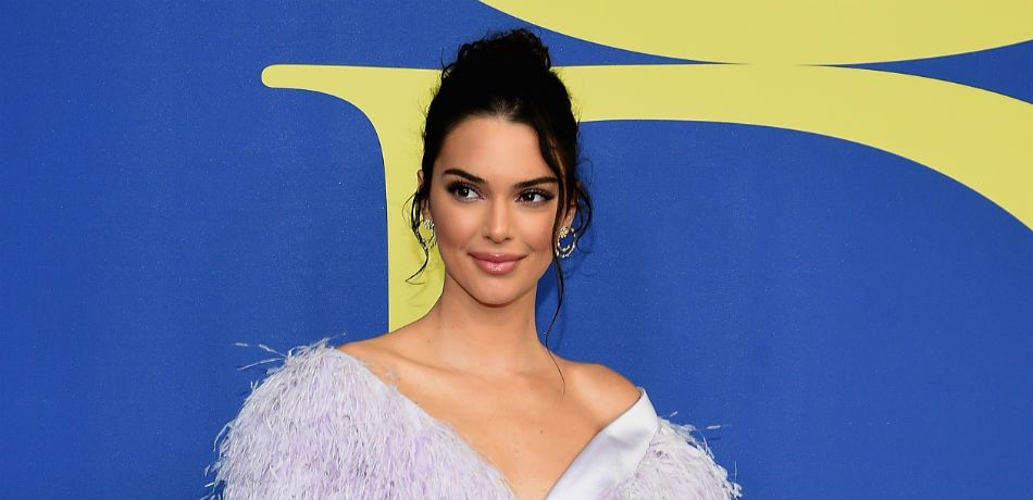 Kendall Jenner Stuns In Sexy Green One Piece On Mexican Getaway