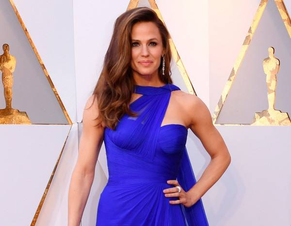 Jennifer Garner Got Lost on Kayaking Trip and Had to Be Rescued
