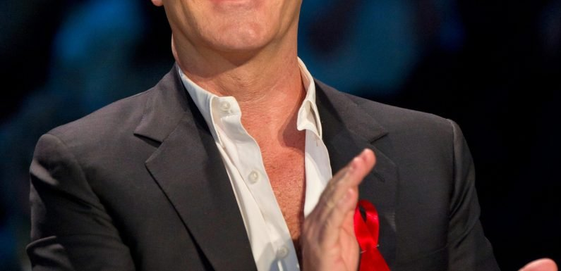 Simon Cowell threatens to sack staff if they date or even socialise with X Factor contestants