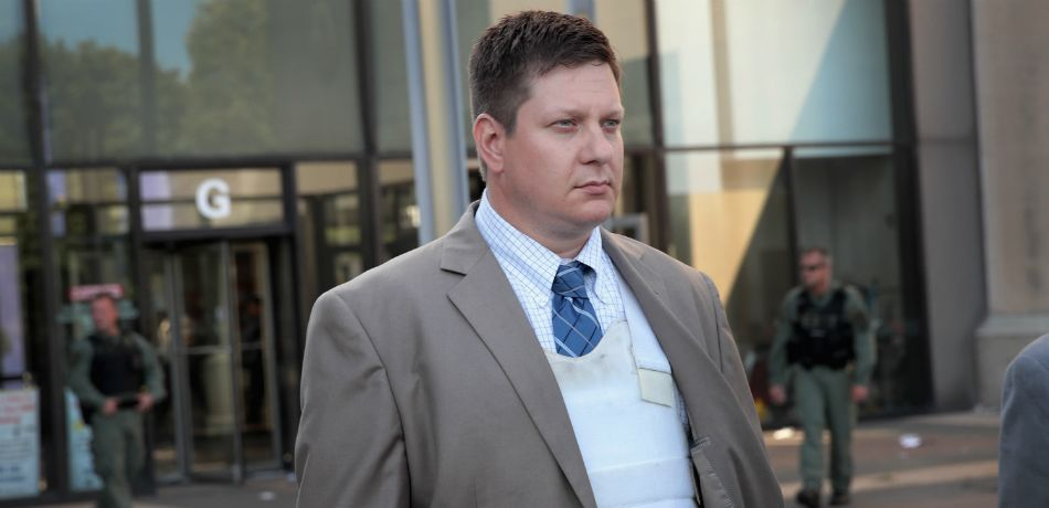 Jason Van Dyke, Police Officer Accused Of Shooting Laquan Macdonald, Elects For Jury Trial