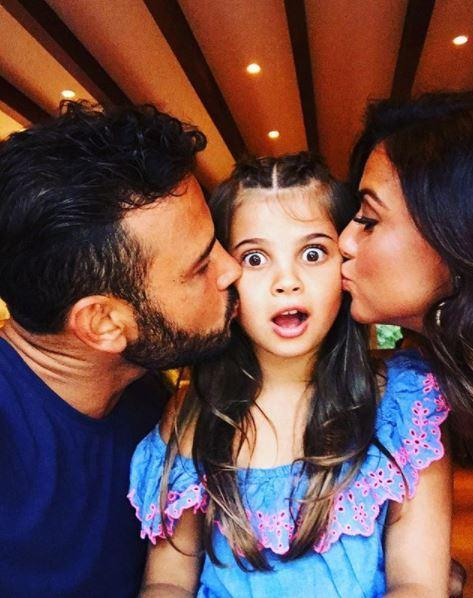 Ryan Thomas shares adorable pic of girlfriend Lucy Mecklenburgh and daughter Scarlett as he spends weekend with 'my girls'