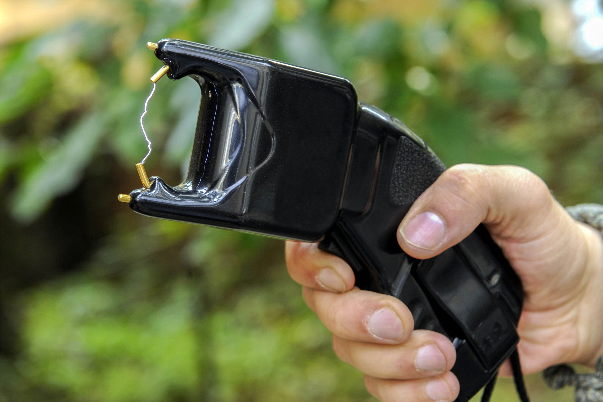 Cop who tased girl: 'This is why there's no grocery stores in the black community'