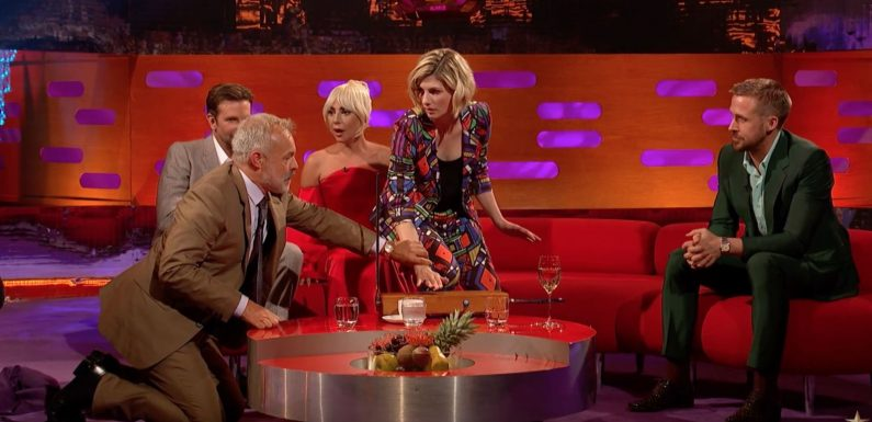 Watch Jodie Whittaker and Graham Norton perform Doctor Who's theme tune live on TV