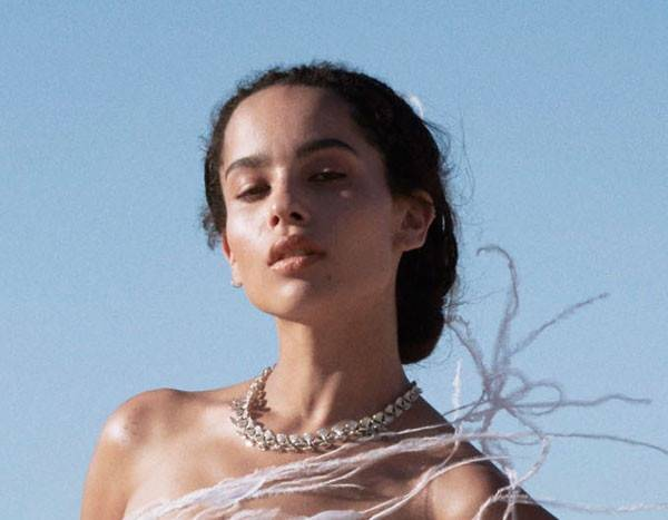 Zoë Kravitz Ditches Retouching for Photo Shoot With Wolves