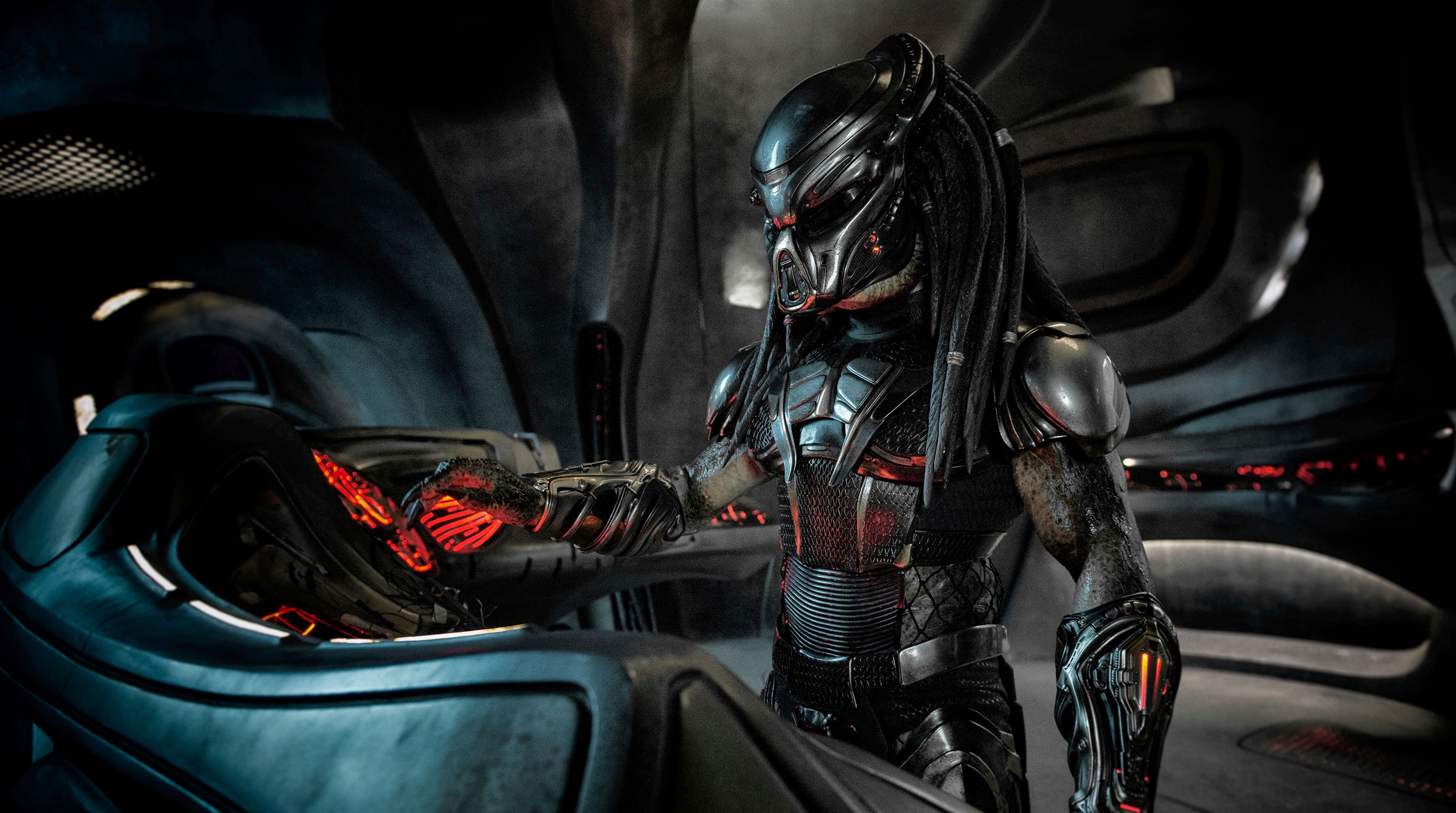 Fox deletes scene from 'The Predator' after learning actor is a registered sex offender