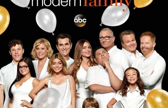 """'Modern Family"""" Kills off Significant Character on Halloween Episode"""