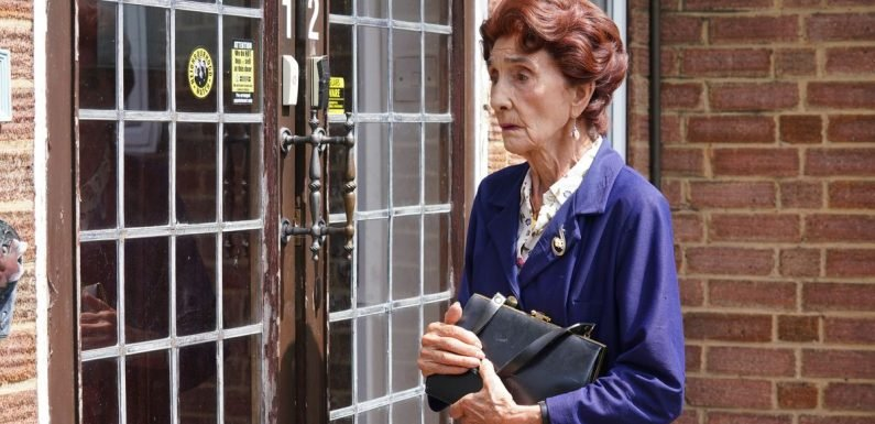 EastEnders legend makes dramatic return to save Dot Branning's life