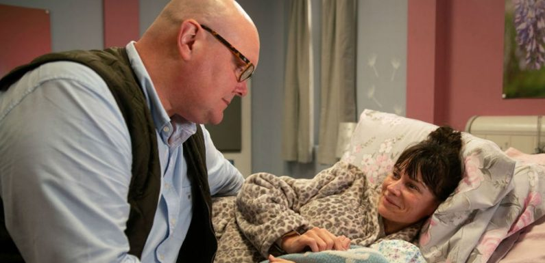 Emmerdale's Chas and Paddy face their worst day as baby Grace is born