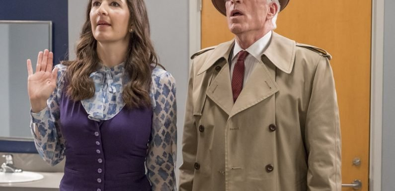 Why Janet & Michael's 'The Good Place' Antics Could Spell Danger For Others On Earth