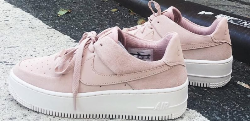 2018's Coolest Street Sneaker Just Got a Fashion Girl Makeover — And Yes, It's Pink