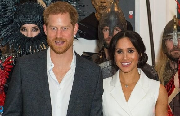 Prince Harry & Meghan Markle Meet A 'Lord Of The Rings' Orc During New Zealand Tour
