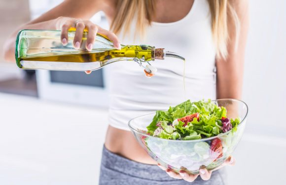 What salad toppings are bad for you and what is the healthiest salad to eat?