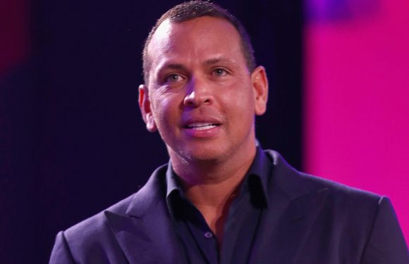 A-Rod wants to pay less child support now that he's not a Yankee