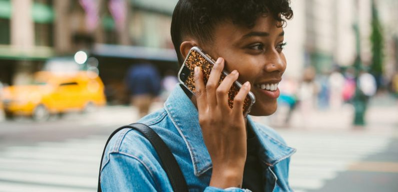 Is Talking On The Phone Too Much A Bad Sign When You're In A Relationship? Experts Say It Can Be