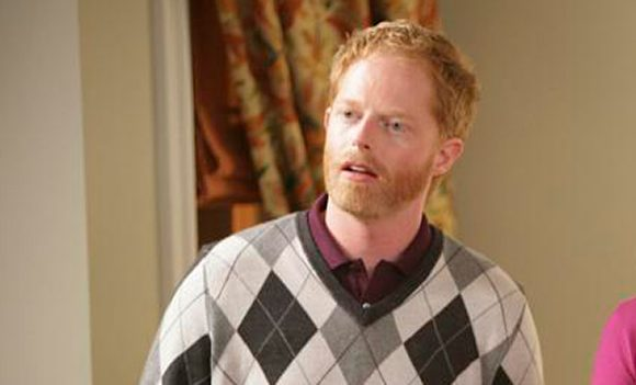 Jesse Tyler Ferguson Wants People To 'Recognize Themselves' In 'Modern Family' Characters
