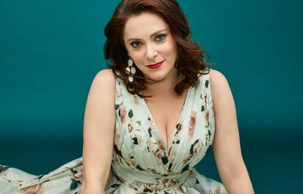 Rachel Bloom Is Ending Crazy Ex-Girlfriend on Her Terms