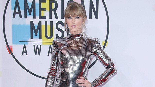 AMAs 2018 Red Carpet Photos — Taylor Swift, Halsey & More