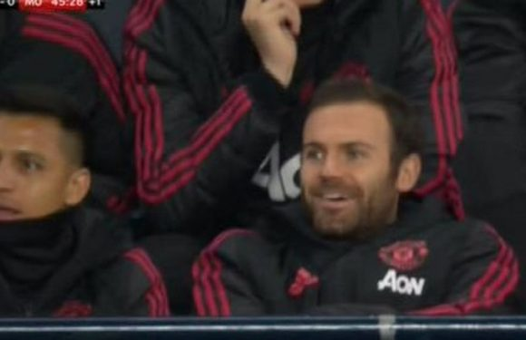 Man Utd fans furious over what Alexis Sanchez and Juan Mata did on bench vs City