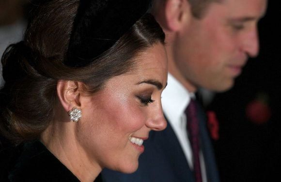 Kate Middleton looks radiant in green dress for Remembrance service